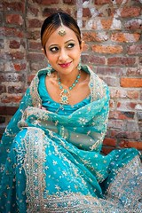 Natasha Raju: Indian Bride (Carlos Cruz Trabanino) Tags: seattle wedding india cord bride model nikon veil dress indian flash wa ttl pikesplacemarket gown nikkor speedlight d3 strobe mua sb800 sc28 carloscruzphotography 1635mmafsf4gvr natasharaju kathasle
