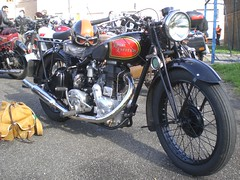 Royal Enfield WDCO 1942 350cc OHV (Michel 67) Tags: classic vintage royal motorbike antigua antiguas moto motorcycle enfield ancienne motocicleta motorrad royalenfield vecchia redditch motocicletta motocyclette clasica vecchie clasicas motociclette motociclete classik motorcyklar motocyklar motocicleti motociclettas motocicletti