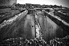 _MG_0069R (Ins Cabot) Tags: bw abandoned home casa bn ruinas esp hdr abandono urbex