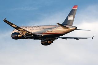US Airways Airbus A319-100 N750UW KCLT 24MAY14