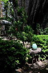 La Petit Versailles (Eddie C3) Tags: newyorkcity gardens manhattan lowereastside parks streetscenes nycparks