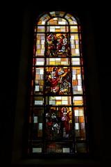 Kirchenfenster der Pfarrkirche St. Laurentius Reichenburg ( Church - Eglise - Chiesa - Kirche ) im Dorf Reichenburg im Kanton Schwyz in der Schweiz (chrchr_75) Tags: chriguhurnibluemailch christoph hurni schweiz suisse switzerland svizzera suissa swiss chrchr chrchr75 chrigu chriguhurni 1405 mai 2014 hurni140529 kirche church eglise chiesa kantonschwyz kanton schwyz albumkirchenundkapellenimkantonschwyz mai2014 kerk iglesia kyrkan kirchenfenster fenster window glas glasmalerei kunst art gemälde albumkirchenfenster sveitsi sviss スイス zwitserland sveits szwajcaria suíça suiza albumkirchenfensterderschweiz église temple chiuche gotteshaus