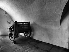 (Mag Sa) Tags: wood blackandwhite bw wheel rope sanjuan pretoebranco blackandwhiteonly uploaded:by=flickrmobile