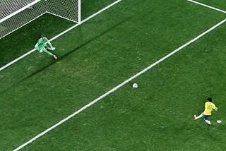 世界杯揭幕战:巴西取胜 克罗地亚不服