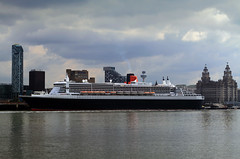 Queen Mary 2 (David Chennell) Tags: liverpool queenmary2 cunard pierhead merseyside liverbuilding cruiseliner rivermersey