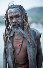 (Sbastien Pineau) Tags: portrait india man yoga asia raw retrato portraiture yogi asie hombre ganga sadhu homme inde ganges pineau sadu rishikesh gange  uttarakhand uttarancha sdhu   sbastienpineau