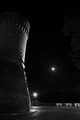 buona notte... (armandomenna) Tags: bw moon castle luna castello notte abruzzo longexposition monteodorisio