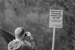No Trespassing (Minolta 505si, AgfaPhoto APX 100) (baumbaTz) Tags: blackandwhite bw slr film monochrome sign analog germany sx70 deutschland iso100 blackwhite photographer minolta atl ishootfilm 150 schild m42 scanned apx100 april epson sw analogue dynax monochrom grayscale pentacon agfa rodinal schwarzweiss apx analogphotography trespassing 505 2200 greyscale 2014 200mm niedersachsen lowersaxony polaroidsx70 filmphotography jobo fpp ilovefilm v500 505si betretenverboten adox adonal filmisnotdead autolab vuescan analoguephotography bremervörde minoltadynax505sisuper istillshootfilm bremervoerde filmforever pentacon200mm epsonv500 agfaphotoapx100 adoxadonal filmphotographyproject adofix believeinfilm blackandwhiteology joboautolabatl2200 20140419