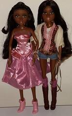 Moxie Teenz Doll - Bijou Comparison (WakeUpFrankie) Tags: doll dolls bijou hazel hazeleyes comparison moxie dollclothes dollcollection dollphotography moxiedolls dollfashion dollcomparison dollaccessories dollcollector ethnicdoll africanamericandoll dollwigs moxieteenz bijoudoll moxieteenzdoll moxiebijou