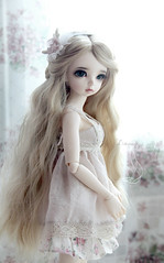 delicate. (Dancing*Butterfly) Tags: doll bjd fairyland msd ante mnf minifee