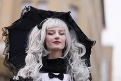 Venezianisches Maskenfest in Hamburg 2017 (StellaMarisHH) Tags: europa deutschland hamburg innenstadt rathaus maskenfest masken maske mädchen frau schirm hübsch karnevall fest canon canoneos5dmkii eos5dmkii 5dmkii 8518 85 85mm 18 photoscape
