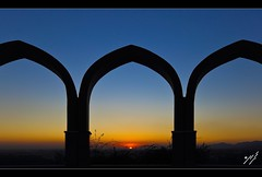 Sunset (Emran Ashraf) Tags: pakistan imranashraf imran emran sunset 6d canon 1740mm islamabad monument blue bluehour bluesky arches