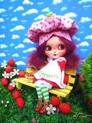 Travel safe, Strawberry Shortcake
