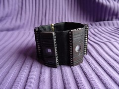 electronic component wristband 1 (Petite Fée Gothique) Tags: electronic component wristband geek scifi