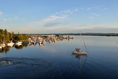 (l i v e l t r a) Tags: 35mmf18ged df nikkor canada sailboat lake huron blue reflections turbulence calm clear morning serene
