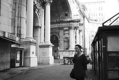 walk in city centre (gorbot.) Tags: leicam8 voigtlander28mmultronf19 mmount rangefinder blackandwhite monochrome silverefex genoa genova roberta