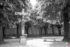 Crocifisso (remomaffeis1) Tags: santuario caravaggio madonna religione monocrome