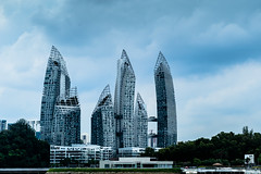 Luxury at Keppel Bay - Reflections by Daniel Libeskind (*Capture the Moment* (OFF till End June)) Tags: 2015 architecture architektur clouds condominium daniellibeskind hochhaus keppelbay luxury reflections sg50 singapore singapur sonya7m2 sonya7mii sonya7mark2 sonyfe2470mmf4zaoss wetter wolken cloudy wolkig