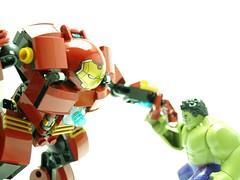 lego marvel_HulkbusterVsHulk (Gubi0222) Tags: lego marvel superheroes ironman hulkbuster hulk ageofultron
