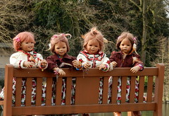 Kindergartenkinder ... (Kindergartenkinder) Tags: kindergartenkinder annette himstedt dolls milina annemoni tivi grugapark essen gruga frühling sanrike