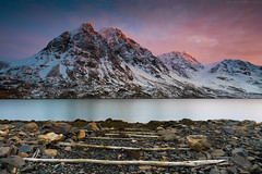 Somewhere in Lyngen (Kenneth Solfjeld) Tags: lyngen troms northernnorway nordnorge norway tromsø mountains sea shore