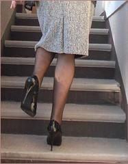 2017 - 03 - 26 - Karoll  - 012 (Karoll le bihan) Tags: escarpins shoes stilettos heels chaussures pumps schuhe stöckelschuh pantyhose highheel collants bas strumpfhosen