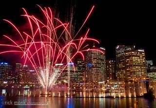 Vivid Sydney | 2014 | Darling Harbour - Vivid Aquatique Water Theatre and Fireworks 3535