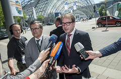 Alexander Dobrindt meeting the media