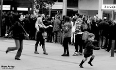Run and not run. (MarcArtsy Tthief of souls.) Tags: barcelona street people bw woman sexy girl beauty blackwhite candid streetphotography streetphoto streeetphotography stphotographia