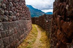Pisac (faltimiras) Tags: peru inca ruins cusco valle inka salinas ruinas valley sagrada moray pisac maras incas inkas ruines ollantaytambo vall salines urumbamba inques