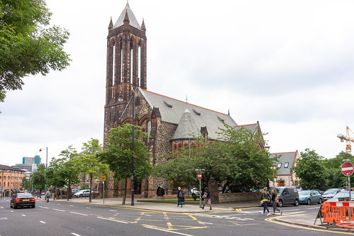 CRESCENT CHURCH BELFAST - UNIVERSITY ROAD