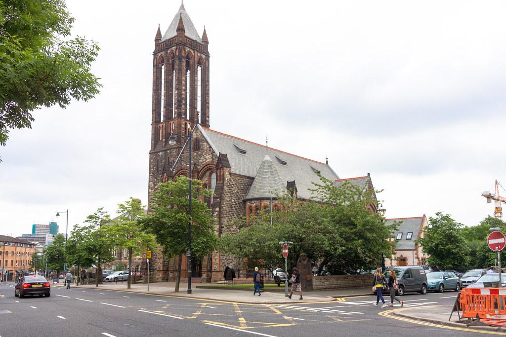 CRESCENT CHURCH BELFAST - UNIVERSITY ROAD