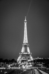 Eiffel Tower (Matteo Villani) Tags: white black paris france bianco nero parigi canonef24105f4isl matteovillani canoneos5dmkii canoneos5dmmii
