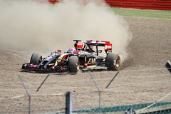Romain Grosjean, Lotus-Renault E22 (Crackers250) Tags: cars car sport race speed track lotus crash accident spin f1 racing renault silverstone formulaone damage motor incident circuit formula1 trap santander e22 gravel motorsport 2014 fp2 britishgrandprix luffield romaingrosjean