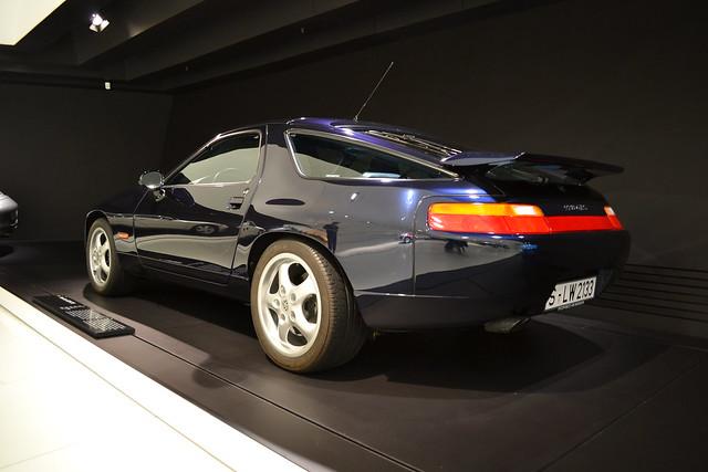 auto car museum germany deutschland nikon stuttgart porsche bil 1995 tyskland v8 gts 928 zuffenhausen d3100