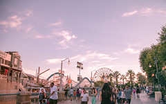 A walk in Paradise | Into the Magic (chris.alcoran) Tags: california lighting sunset people color castle colors hub canon lens mouse photography eos pier paradise disneyland magic watching disney mickey adventure coloring l walt ef 6d nto 24105mm