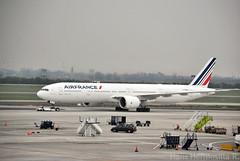 Boeing 777-300 | F-GZNI | AIRFRANCE (Hans Hermosilla Sp) Tags: charlesdegaulle airfrance santiagodechile scl boeing777 arturomerinobenitez aeropuertodesantiago afklm boeing77w comodoroarturomerinobenitez aeropuertodepudahuel af401 fgzni sclcdg