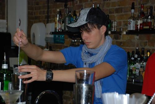 Shaker barschool