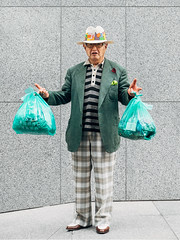 SML_140702_JPN_1234 (✈ Sean Marc Lee 李子仁) Tags: hat fashion japan trash tokyo fuji shibuya style fujifilm greenman streetfashion garbageman xseries sartorial streetstyle xt1