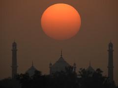 Sun over Jama Masjid (Abhinav Singhai) Tags: nikon nikkor india incredibleindia indiatravel indiatourism indiatourist travel traveller travelindia trees jama masjid