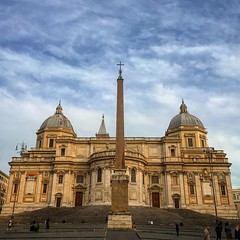 Basílica de Santa Maria Maior, construída a partir do ano 435, possui 75m de altura! ⛪️ (jpcamolez) Tags: basílica de santa maria maior construída partir do ano 435 possui 75m altura ⛪️
