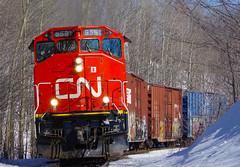 CN X46021-25 @ Grand'Mère-Est,QC (jboily94) Tags: cn gp402lw gmd canadian national railway 9000 grandmère shawinigan quebec