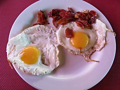 Smile (knightbefore_99) Tags: huevo egg sunny side up breakfast desayuno tasty decameron hotel mexico mexican nayarit rincon food guayabitos art