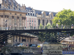 day twenty-six: bateaux mouches (dolanh) Tags: seine france pontdesarts boatcruise bateauxmouches river boatride bridge paris rivercruise