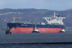 GENER8 MILTIADES Hound Point -15-04-17 (MarkP51) Tags: gener8miltiades houndpoint firth forth tanker nikon d7200 ship vessel maritime photography