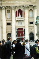 Lista d'attesa (camillamontesi) Tags: roma sanpietro church religion 35mm canon analogue film italia italy waiting