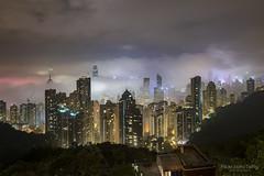 Hong Kong (TaiNg0415) Tags: 夜景 香港 hk 霧 雲 城市 建築 山頂