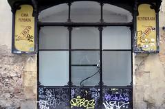 L'APOTECARI MÀGIC (Yeagov C) Tags: 2017 barcelona catalunya carrerarcdelteatre carrerdelarcdelteatre botiga màgia 1820 1992 lapotecarimàgic apotecarimàgic