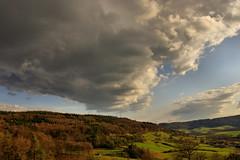 Near Pfeffingen ( Eifel ). (Sam ♑) Tags: landschaft landscapeeifel pfeffingen sam deutschland germany himmel sky wolken clouds abend evening
