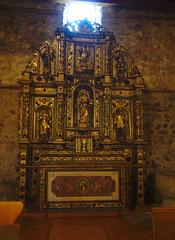 Retablo de Santa Coloma (Arnold Metselaar) Tags: kunst houtsnijwerk fietsvakantie schilderij sculptuur standbeeld cropped retabel andorra santacoloma